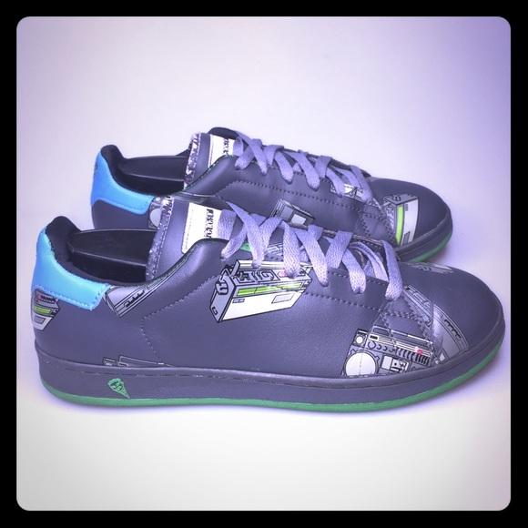 732a6b3e6b4f Reebok Ice Cream Boom Box Sneakers 7 7y Pharrell. M 5b6e4c614ab6337c99c1827e